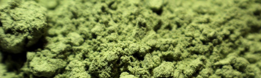 Green herbal powder